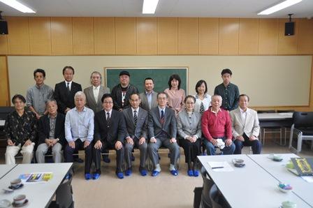 豊翔塾講師と学校関係者